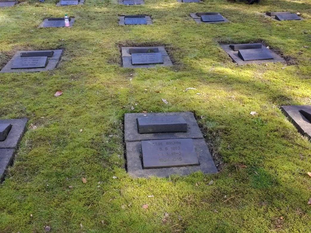 Friedhof am Südwestkirchhof Stansdorf Image 2
